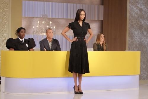 Tyra Banks, Josie Maran, Nigel Barker, and J. Alexander in America's Next Top Model (2003)