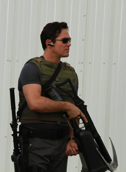 Dean Cain in Burn Notice (2007)