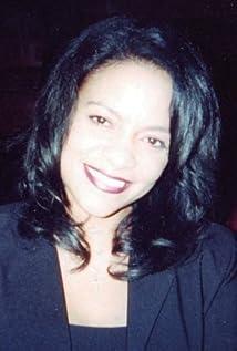 Eleva Singleton Picture