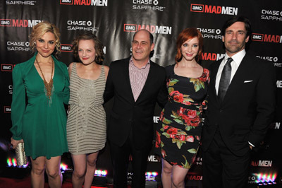 Elisabeth Moss, Cara Buono, Jon Hamm, Christina Hendricks, and Matthew Weiner at Mad Men (2007)