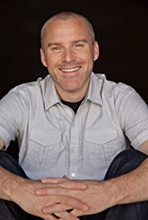 Roger Craig Smith Picture