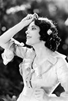 Image of Alma Rubens