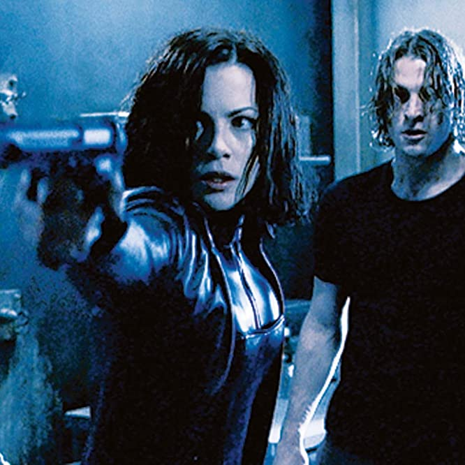 Kate Beckinsale and Scott Speedman in Underworld (2003)