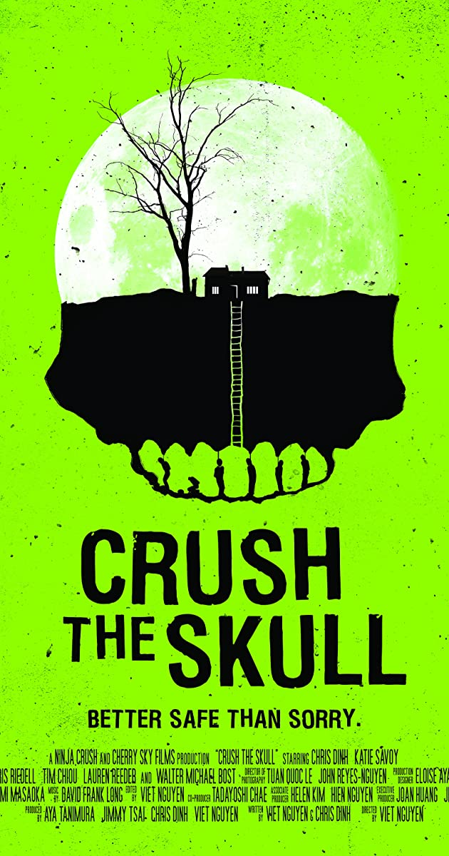 Suknežinta kaukolė / Crush the Skull (2015) Online