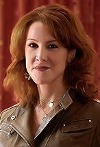 Janet Tamaro's primary photo
