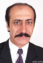 Mike Akrawi's primary photo