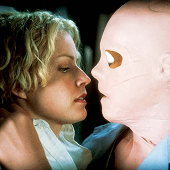 Elisabeth Shue in Hollow Man (2000)