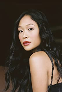 Shelby Rabara Picture