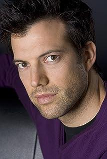 Aktori Lorenzo Pisoni