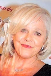 Aktori Lynette Curran