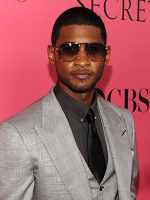 Usher Raymond at an event for The Victoria's Secret Fashion Show (2008)