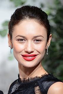Aktori Olga Kurylenko