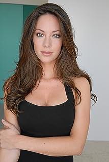 Aktori Micaela Johnson