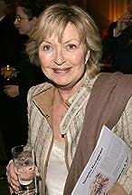 Hannah Gordon's primary photo