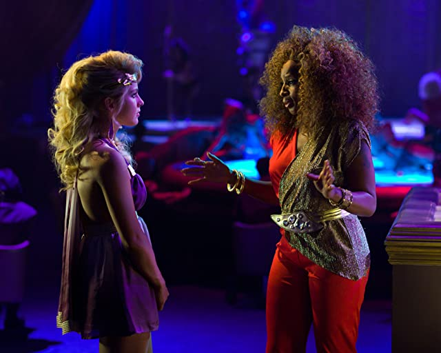 Still of Mary J. Blige and Julianne Hough in Rock of Ages