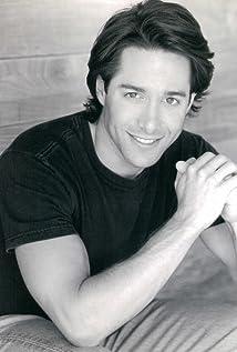 Aktori Timothy Di Pri