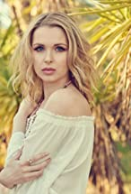 Kirsten Prout's primary photo