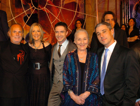 Avi Arad, Grant Curtis, Topher Grace, Rosemary Harris, and Laura Ziskin at Spider-Man 3 (2007)