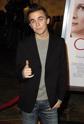 Frankie Muniz at Closer (2004)