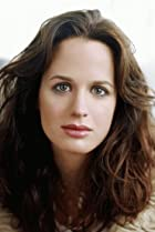 Image of Elizabeth Reaser