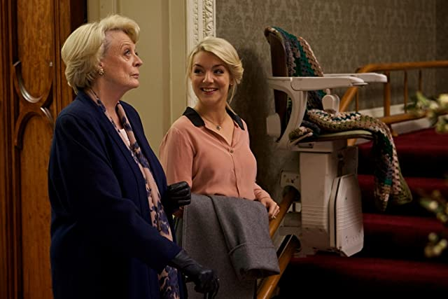 Maggie Smith and Sheridan Smith in Quartet (2012)