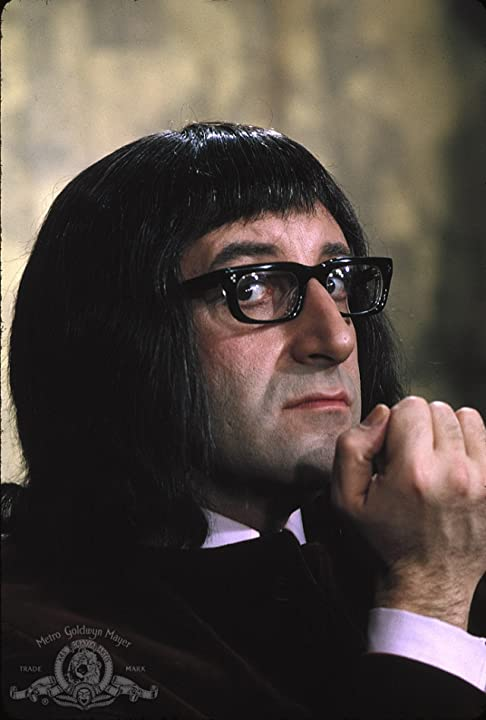 Peter Sellers in What's New Pussycat (1965)