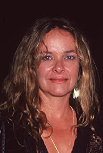 Aktori Moira Sinise