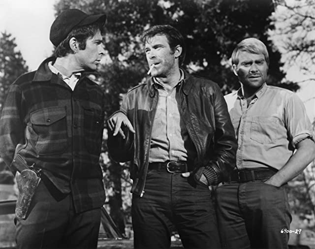 Christopher George and Ross Hagen in The Devil's 8 (1969)