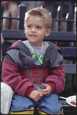 Identitical twins, Cole & Dylan Sprouse played Julian. This could be either of them.