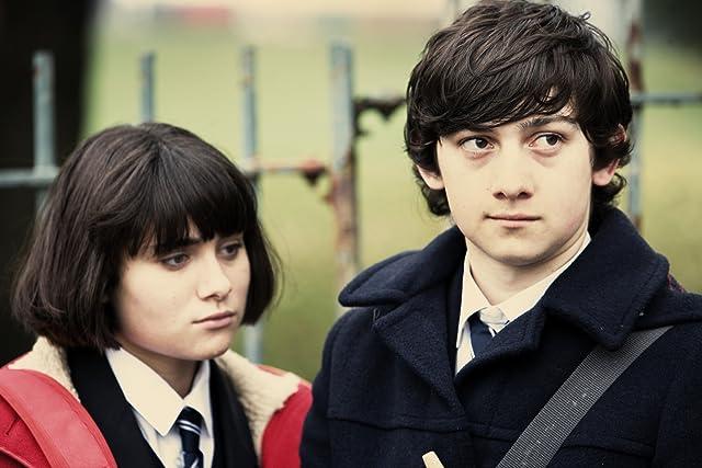 Craig Roberts and Yasmin Paige in Submarine (2010)