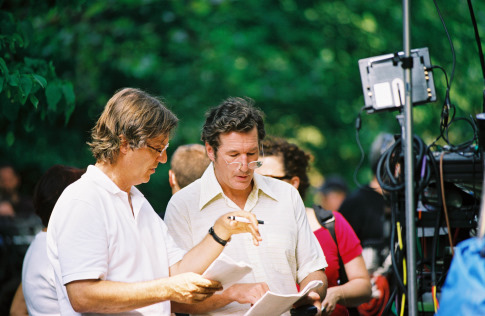 Richard Gere and Lasse Hallström in The Hoax (2006)