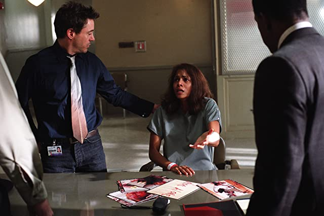 Robert Downey Jr. and Halle Berry in Gothika (2003)