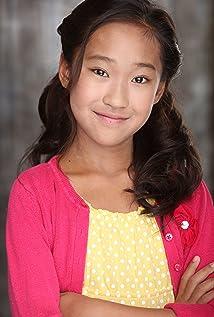 Aktori ViviAnn Yee