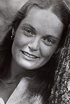 Image of Elizabeth Hartman