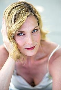 Julie Lancaster Picture