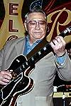 Scotty Moore, Elvis Presley Guitarist, Dies at 84