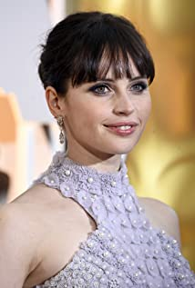 Felicity Jones New Picture - Celebrity Forum, News, Rumors, Gossip