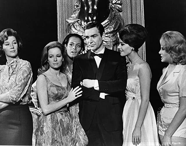Sean Connery, Claudine Auger, Martine Beswick, Lois Maxwell, Luciana Paluzzi, and Molly Peters in Thunderball (1965)