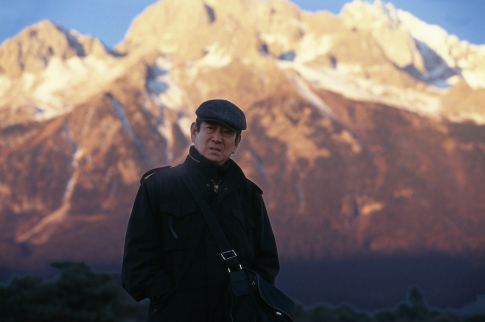 Ken Takakura in Riding Alone for Thousands of Miles (2005)