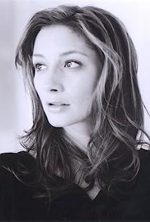 Sarah Manninen Picture