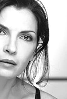 Aktori Maria Pia Calzone