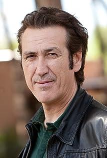 Aktori Marco Giallini