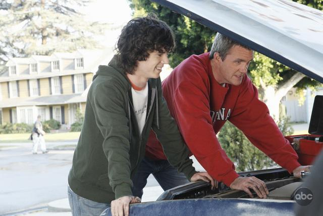 Neil Flynn and Charlie McDermott in The Middle (2009)