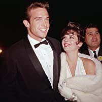 Natalie Wood and Warren Beatty at an event for The 34th Annual Academy Awards (1962)