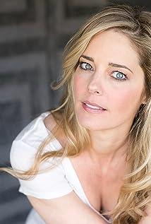 Aktori Christina Moore