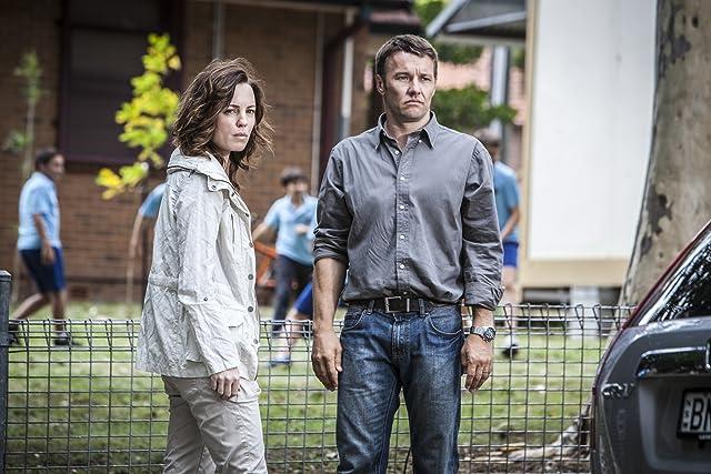 Joel Edgerton and Melissa George in Felony (2013)