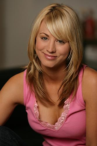 Kaley Cuoco in The Big Bang Theory: Pilot (2007)