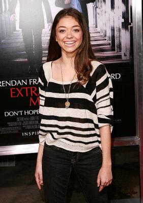Sarah Hyland at Extraordinary Measures (2010)