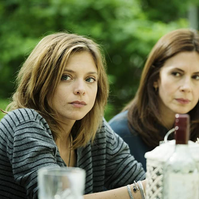 Jessica Hecht and Lizzie Brocheré in Falling Water (2016)