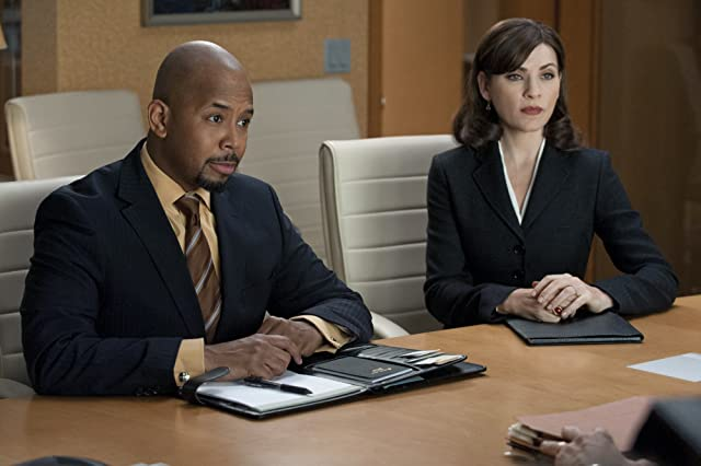Julianna Margulies and Michael Boatman in The Good Wife (2009)
